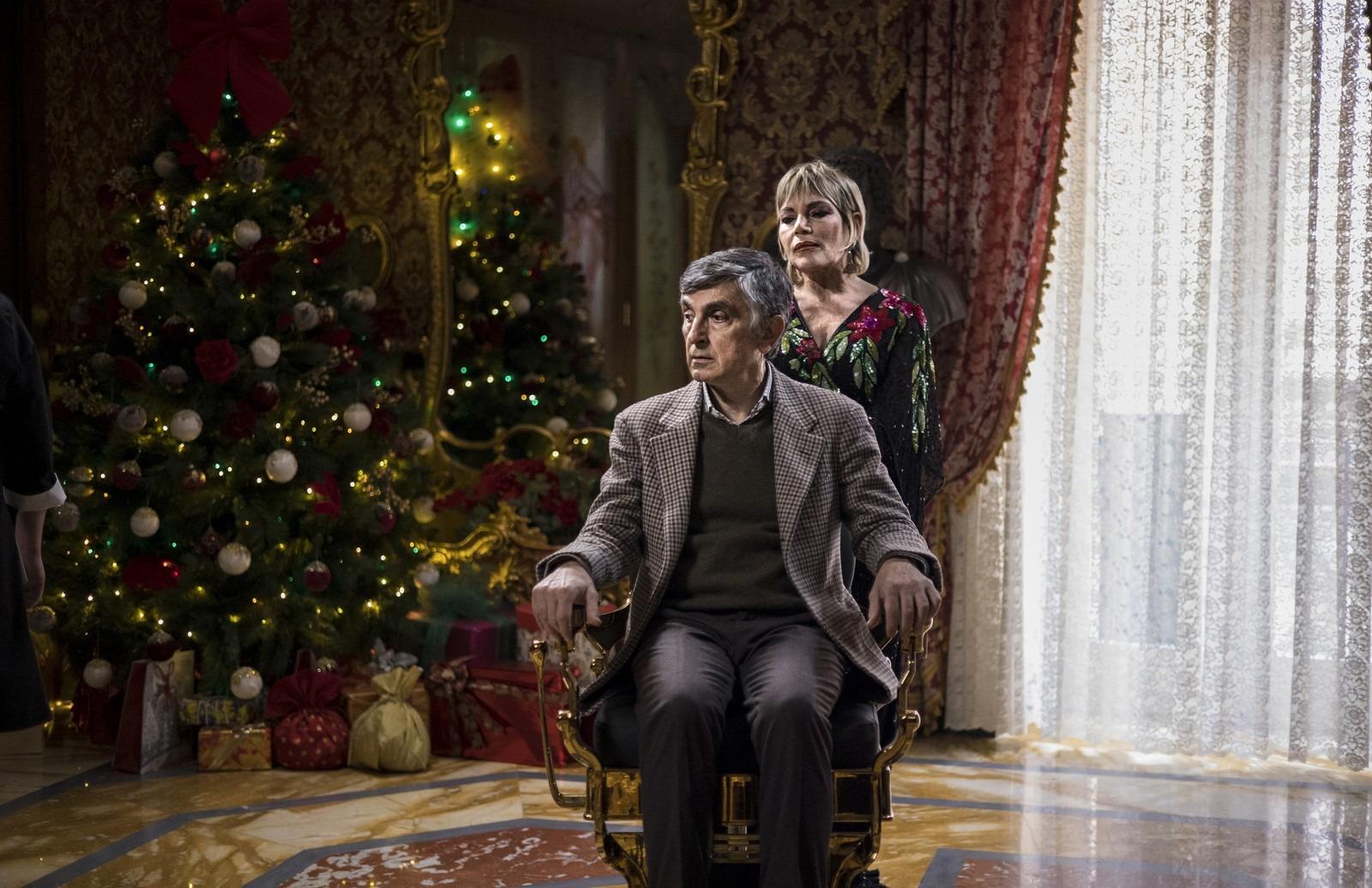 Con tutto il cuore (2021), la recensione della commedia di Vincenzo Salemme con Serena Autieri e Cristina Donadio