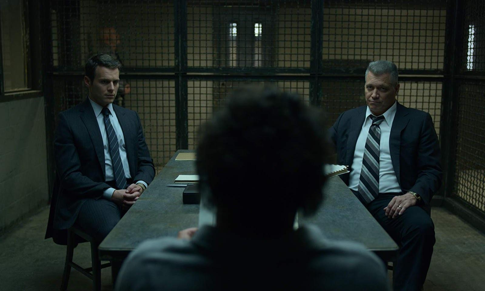 The Serpent (2021), la recensione della mini-serie Netflix dedicata al serial killer Charles Sobhraj